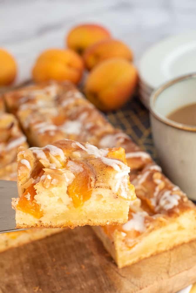 Apricot Cinnamon Cake