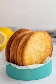 Moorish lemon biscuits