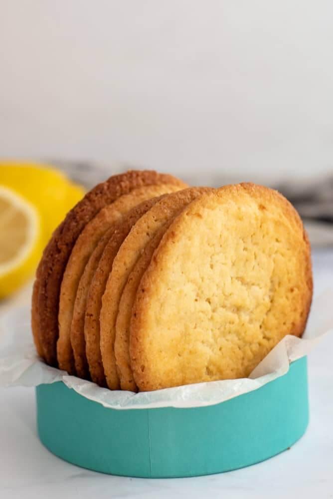 Moreish Lemon Biscuits