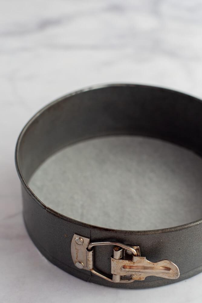 Lining A Springform Pan